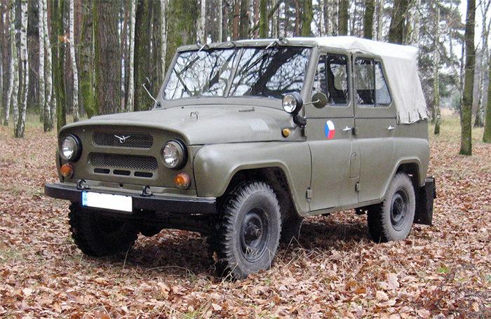 UAZ, UAZ 469, mẫu xe UAZ 469, xe việt dã, ông vua việt dã, UAZ thần thánh, lực lượng vũ trang