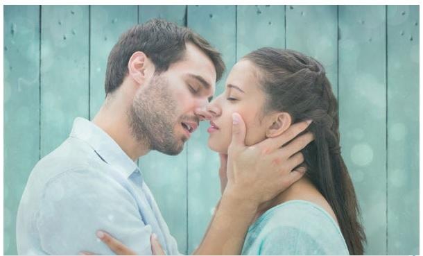 Phụ nữ không thể sex nếu thiếu nụ hôn