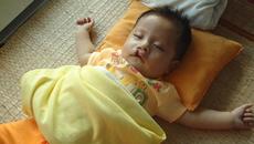 Bé trai người dân tộc Thái cần 50 triệu phẫu thuật tim gấp