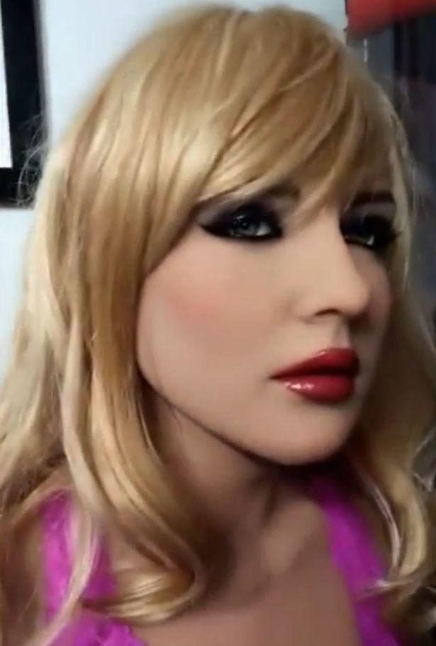 Robot tình dục sẽ có làn da mềm ấm quyến rũ như người