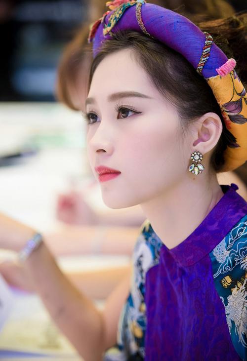 hoa hậu Thu Thảo, thần tiên tỷ tỷ, hoa hậu việt nam 2012,