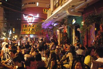 Những khu phố Tây nổi tiếng ở Việt Nam