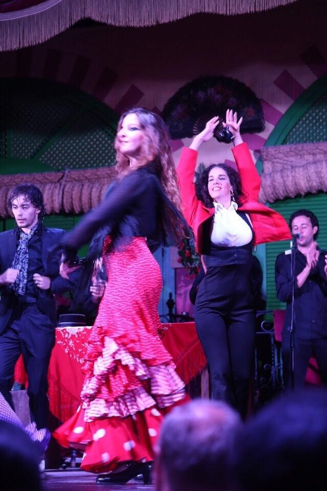 Thưởng thức vũ điệu Flamenco nóng bỏng ở Tây Ban Nha