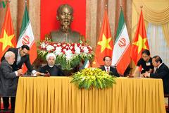 Việt Nam - Iran ký thỏa thuận hợp tác về TT&TT