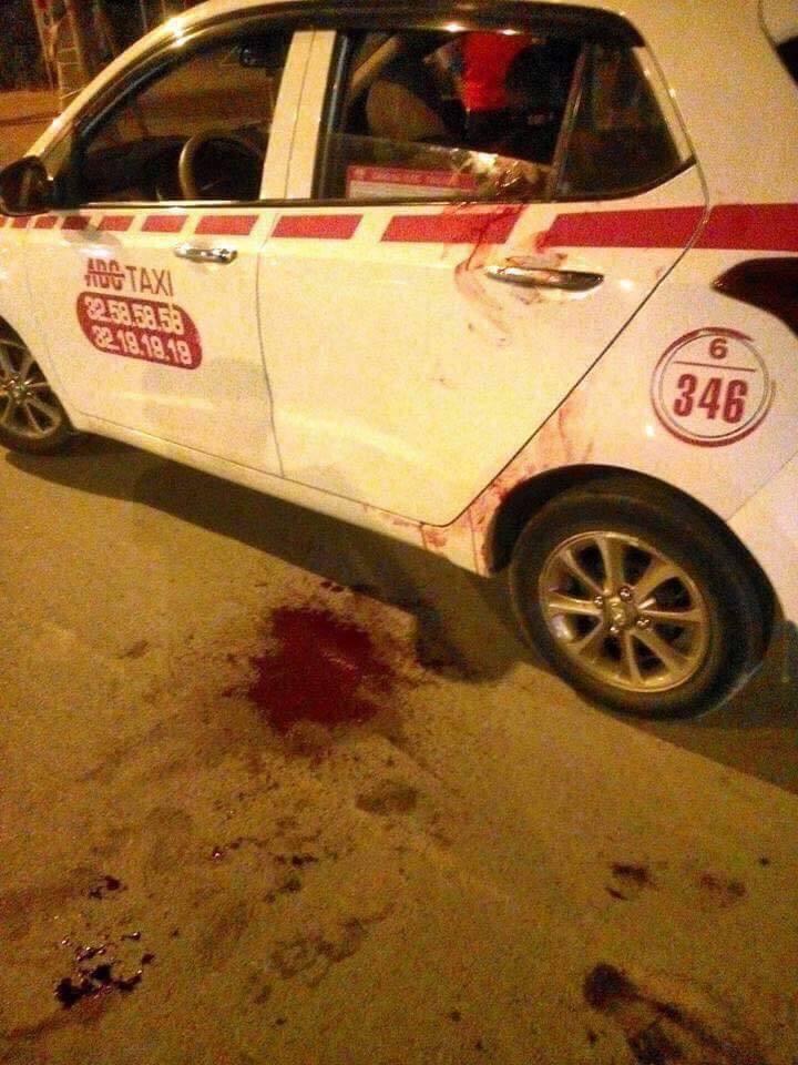 Hà Nội: Bắt nghi phạm đâm thủng cổ tài xế taxi trong đêm
