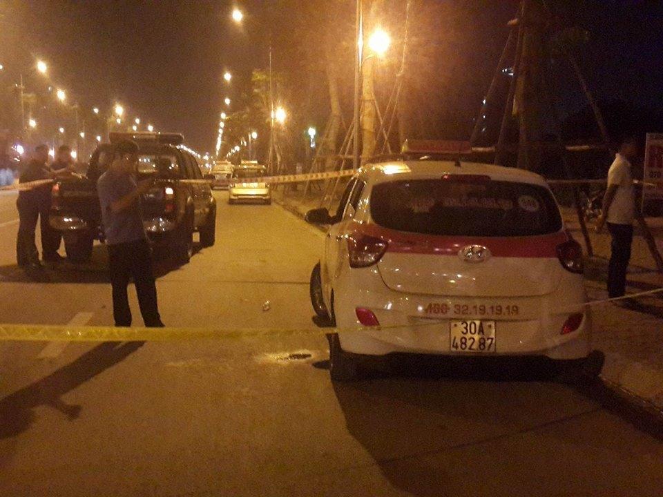 cướp taxi, thông tin mới, vụ đâm thủng cổ tài xế, đường Võ Chí Công, đâm tài xế taxi, giết người cướp của, hà nội