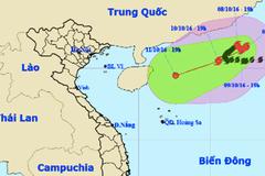 Bão số 6 giật cấp 11 mắc kẹt trên biển Đông