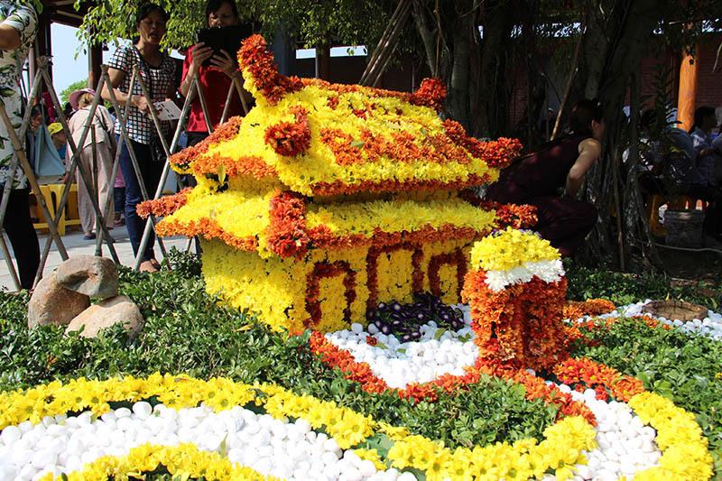 Chùa Ba Vàng, Quảng Ninh, Du lịch tâm linh, Trẩy hội hoa cúc