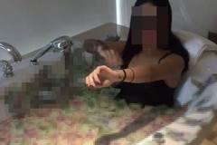 Dùng hơn 1 tỷ đồng để tắm, cô gái Sài Gòn gây bão mạng