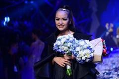 Ngọc Châu Next Top mở màn Tuần lễ thời trang quốc tế VN