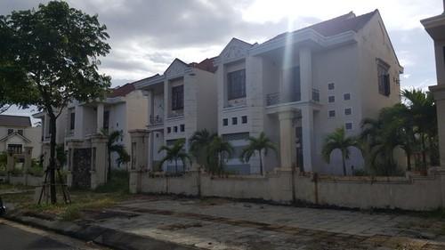 dinh thự bỏ trống, dinh thự bỏ trống trung tâm Đà Nẵng, làng sport Tuyên Sơn