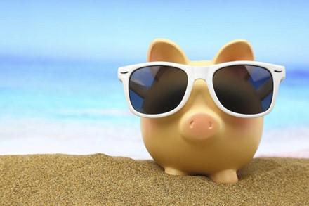 nước ngoài, tiền mặt, thẻ tín dụng, rút tiền, nguồn tài chính, du lịch, du khách, bí quyết, tiết kiệm, chi tiêu