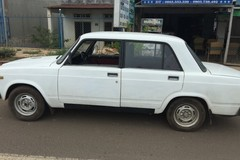 Sửng sốt ô tô Nga giá từ... 15 triệu đồng ở Việt Nam