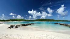 Nếu yêu nhau, hãy nắm tay đi hết 6 hòn đảo này ở Indonesia