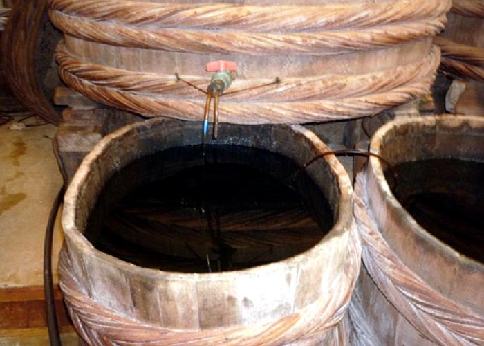 nước mắm, nước mắm truyền thống, nước mắm công nghiệp, mắm phan thiết, nước mắm nguyên chất, nước chấm
