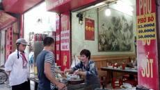 Đến xem quán phở chửi khách vẫn nườm nượp ở Nam Định