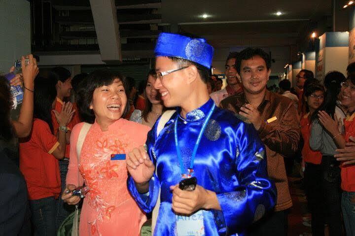 MC Lê Anh: 'Giới trẻ không mặn mà với nhà đẹp, xe sang là tiến bộ'