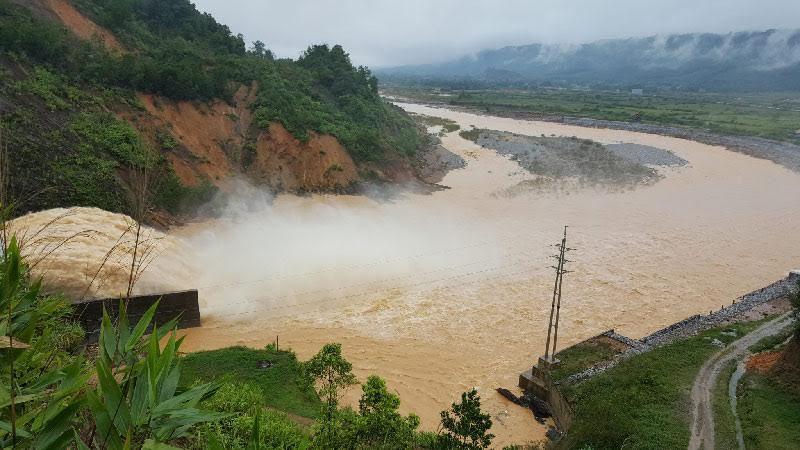 Bộ Công thương lập tổ công tác điều tra thủy điện xả lũ