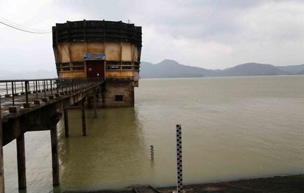 Xả lũ hồ Kẻ Gỗ: Sẵn sàng sơ tán hàng nghìn hộ dân