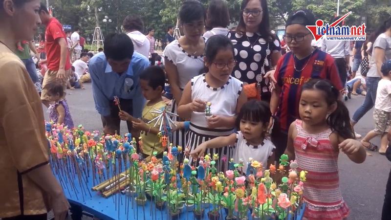 Trò chơi dân gian - bản sắc Việt trên phố đi bộ - ảnh 4