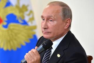 Putin vừa nói xấu tình báo Mỹ xong thì mất điện