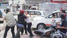 Cãi nhau, lỡ tay dùng mũ bảo hiểm đánh chết người
