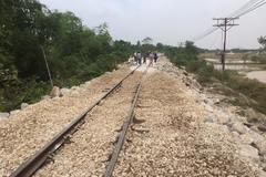Đường sắt Bắc-Nam chính thức thông tuyến sau 3 ngày bị tê liệt