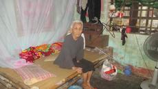 Xót xa vợ liệt sỹ già cuối đời bệnh tật ước có chỗ thờ chồng