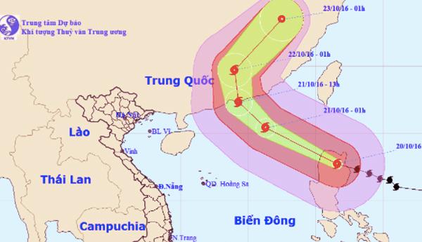 Siêu bão Haima chuẩn bị vào biển Đông thành bão số 8 - ảnh 1