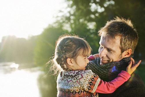 Con gái, cuộc đời không phải cứ làm người hùng mới là quan trọng