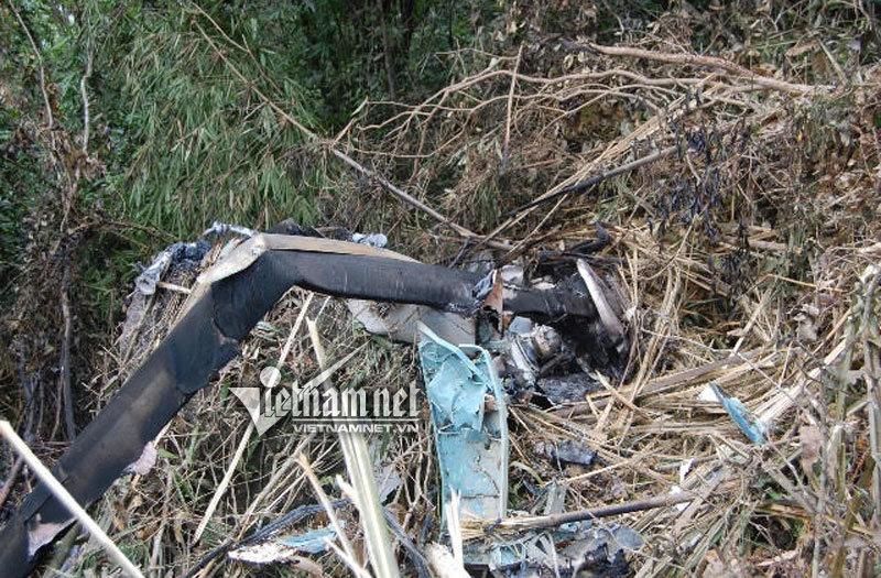 Cận cảnh hiện trường máy bay rơi ở Vũng Tàu
