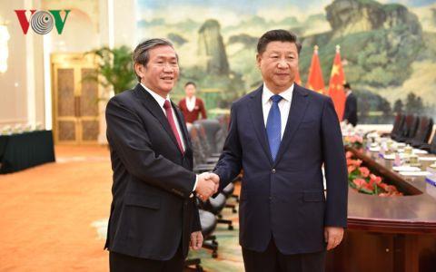 Chủ tịch TQ Tập Cận Bình tiếp ông Đinh Thế Huynh