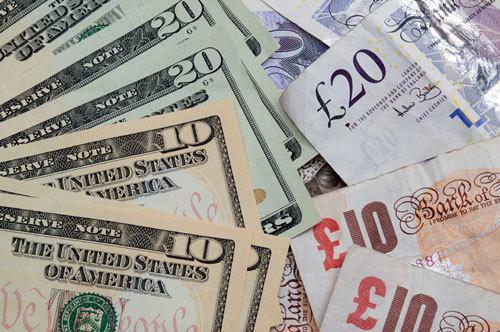 Tỷ giá ngoại tệ ngày 21/10: Euro xuống đáy, USD lại lên đỉnh