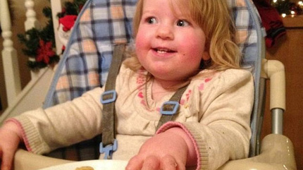 Mẹ khóa trái bếp vì con mắc hội chứng ăn đến chết