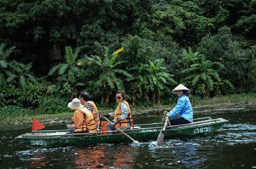 Ninh Bình, Tràng An, Chùa Bái Đính, Thung Nham, Khu nghỉ dưỡng, Đặc sản Ninh Bình