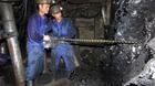 Trong nước tồn kho, nhập triệu tấn than Trung Quốc giá đắt?