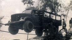 Sự thật khó tin đằng sau câu chuyện người Việt lái xe tải trên dây vượt Trường Sơn