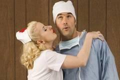 Top 10 ngành nghề dễ ngoại tình nhất
