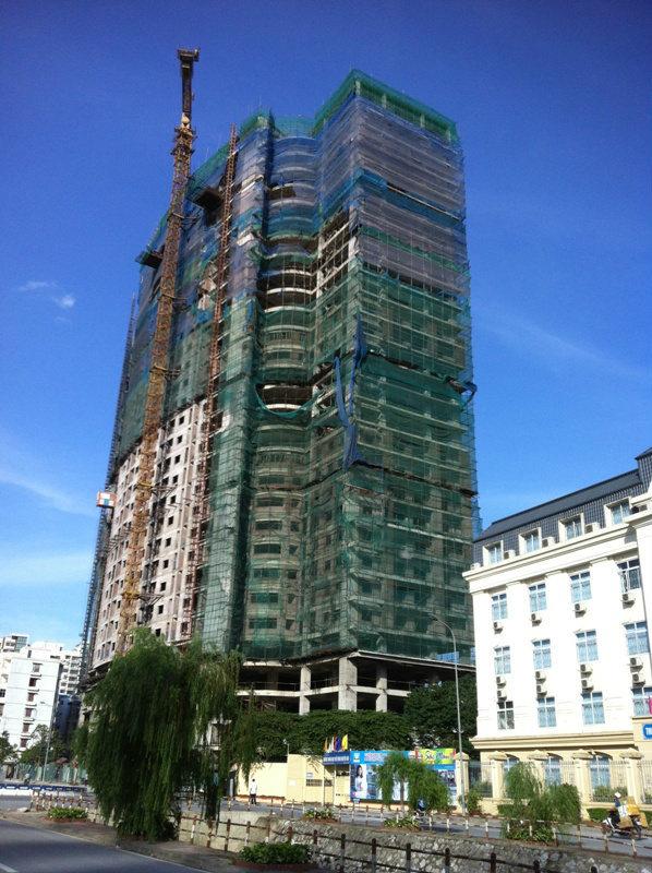 công trình vi phạm trật tự xây dựng, chung cư Mai Trang Tower, giấy phép xây dựng