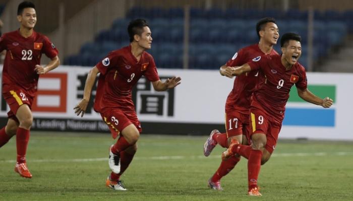 U19 Việt Nam chơi thứ bóng đá toan tính và tráng kiệt