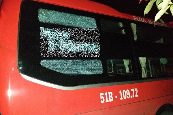 Xe khách Đà Lạt - Sài Gòn bị ném đá, hành khách hoảng loạn