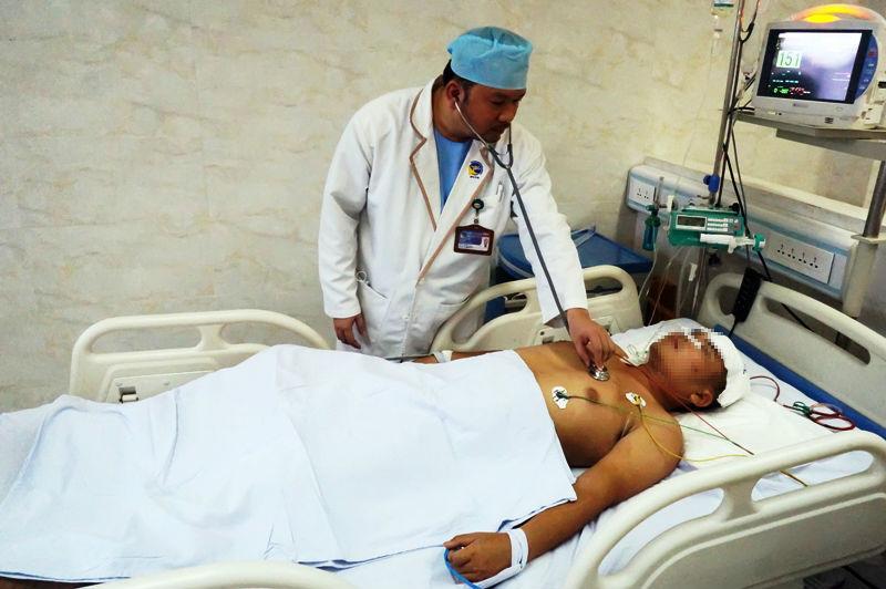 vết thương hở, vỡ sọ, tai nạn giao thông, phẫu thuật