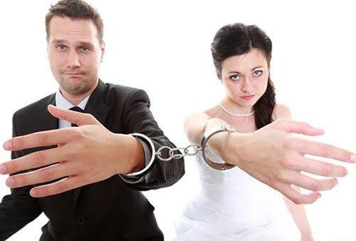 Chết cười với những lý do ly hôn lãng xẹt nhất thế giới