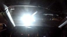 Mẹo giảm chói đèn pha khi lái xe vào ban đêm