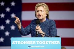Hillary bất ngờ bị FBI điều tra trước thềm bầu cử