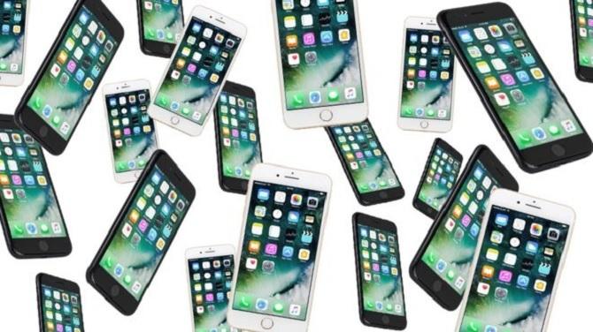 20 bạn trai, 20 chiếc iPhone và cách cô gái này mua nhà
