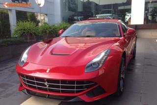 Đại gia Thanh Hóa chi 15 tỷ tậu Ferrari F12 Berlinetta