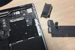 """""""Mổ xẻ"""" MacBook Pro mới, nhiều chi tiết thú vị lộ diện"""