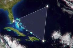 """Bí ẩn """"chết người"""" tại Tam giác quỷ Bermuda"""