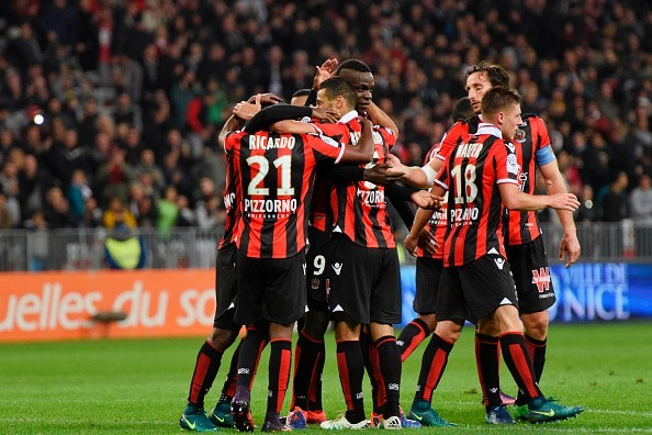 """""""Siêu quậy"""" Balotelli chói sáng, Nice tiếp tục bay cao ở Ligue 1"""